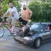 Ces deux génies ont inventé une voiture qui roule grâce… à un vélo